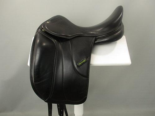 "Amerigo Vega Monoflap Dressage Saddle 17"" W"