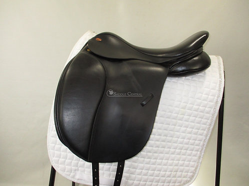 "Kent & Masters Cob / Low profile 17"" Dressage Saddle"