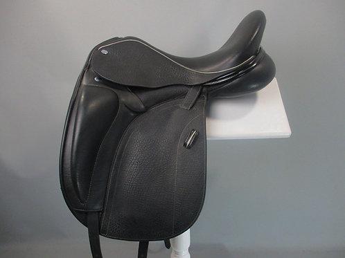"""Frank Baines Adiago Dressage Saddle 17"""" MW-W"""