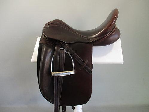 "County Fusion Dressage Saddle 17.5"" MW-W"