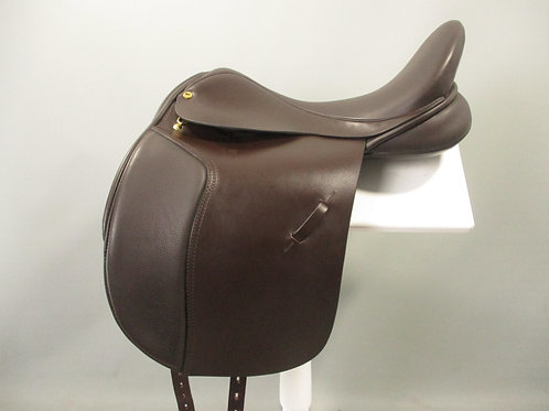 "Black Country Eloquence Dressage Saddle 18.5"" W"
