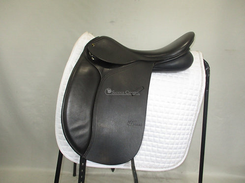 """Trainers Continental 17.5"""" Dressage Saddle"""