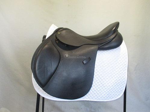 """Ideal Nyala Jump Saddle 17.5"""" MW"""