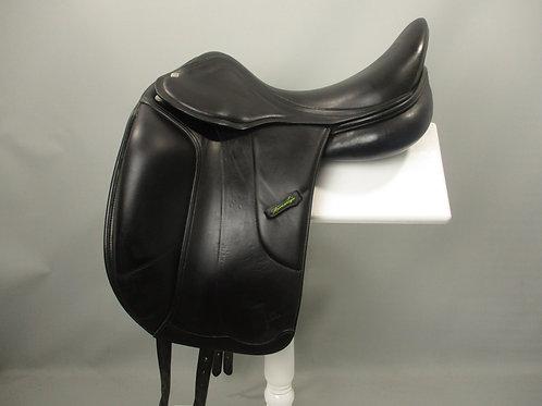 "Amerigo Vega Monoflap Dressage Saddle 17"" MW"