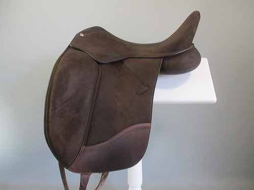 Wintec Isabell Dressage Saddle 17""