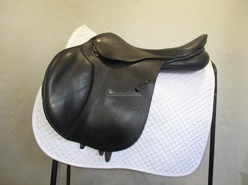 """Pessoa Legacy XP3 17"""" Jump Saddle"""