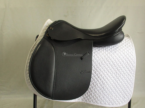 """Trainers Masters All Purpose Saddle 17.5"""""""