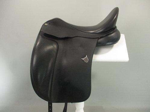 """Bates Dressage Saddle 17.5"""""""