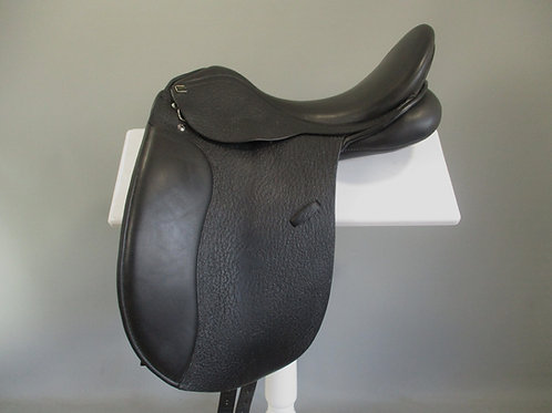 Anky Salinero Dressage Saddle 17.5""