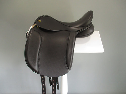"Black Country Show Hunter Saddle 15"" XXW"