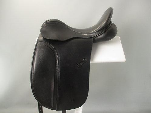"""County Warmblood Dressage Saddle 17""""  MW-W"""