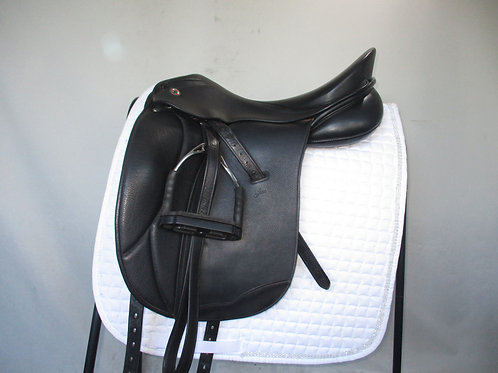 KN Jive Dressage Saddle 17.5""