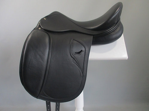 "Tech 1 Dressage Saddle 18"""