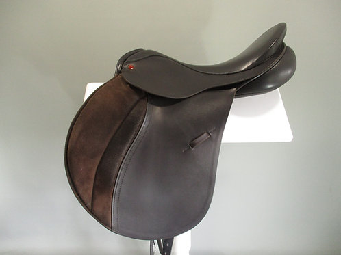 "Albion 5000  All Purpose Saddle 18"" W/XW"