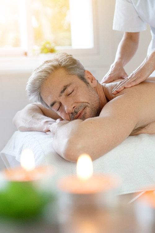 Relaxing Massage (60mins)