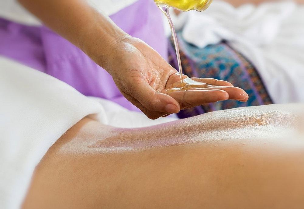 Warm Oil Massage (60mins)