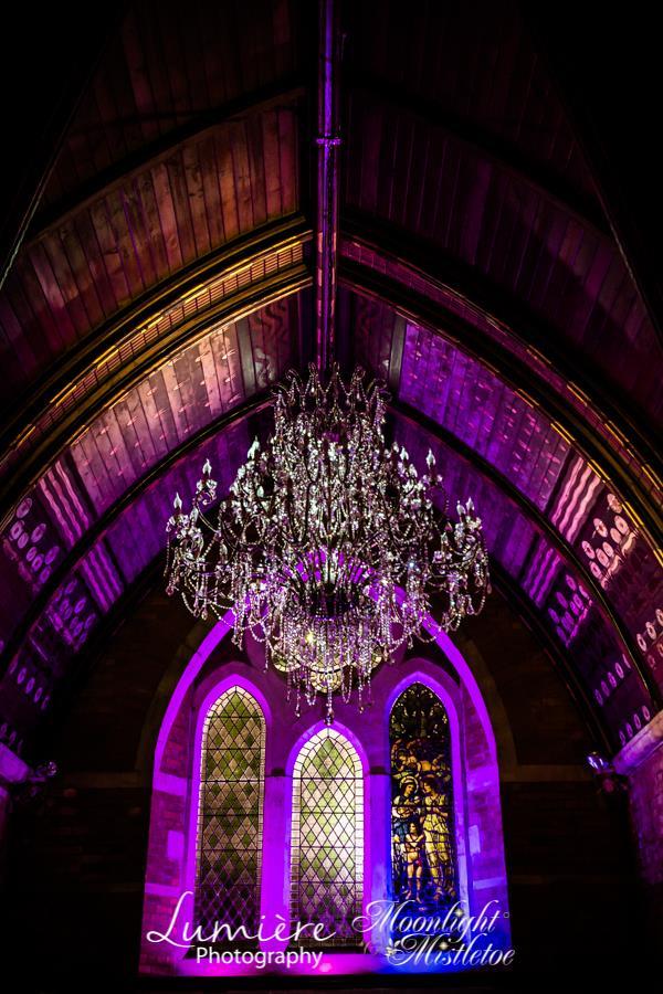 Grandeur chandelier