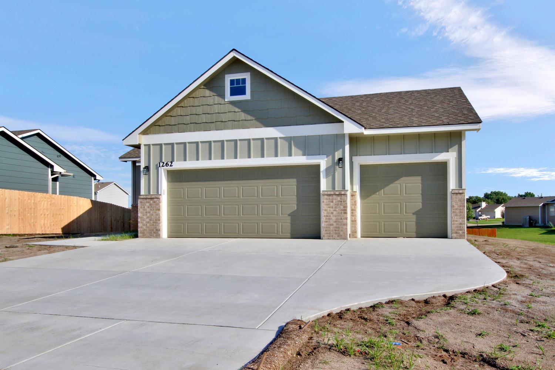 1262 Prairie Hill Park City KS-large-002