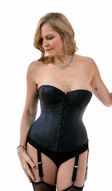 enchanted-foundation-overbust-corset-Pee