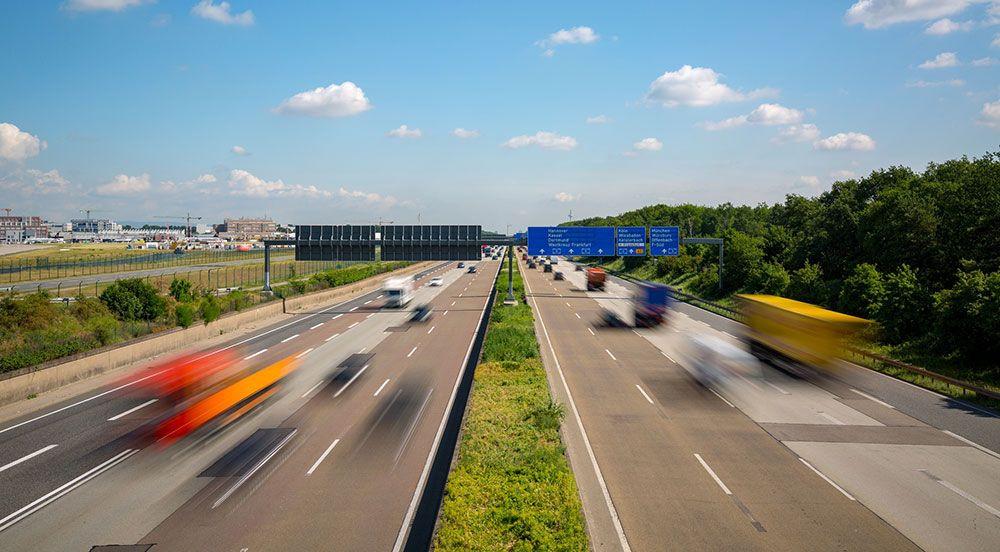 Det är förbjudet att få motorstopp på Autobahn i Tyskland.
