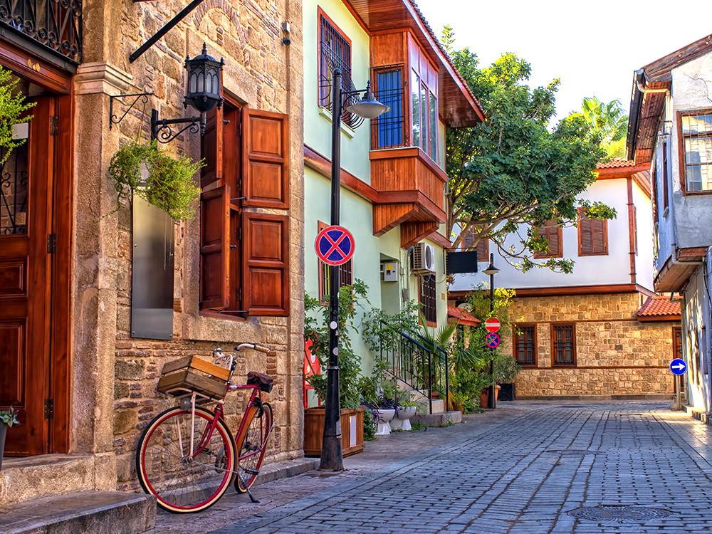 Epic things to do in Antalya - Old town (Kaleici)