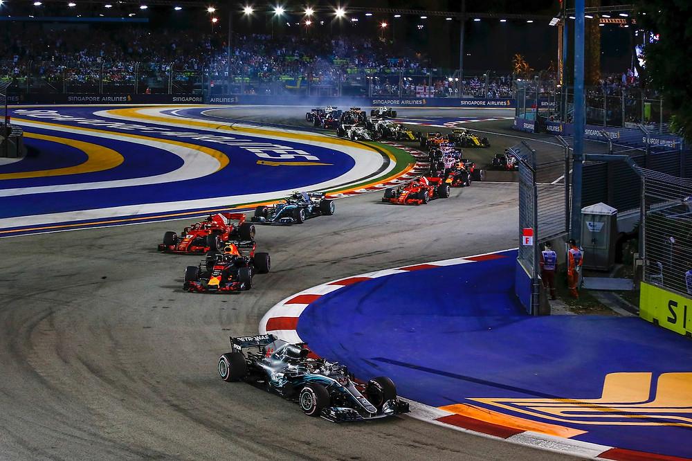 Bildresultat för formula 1 singapore race 2019