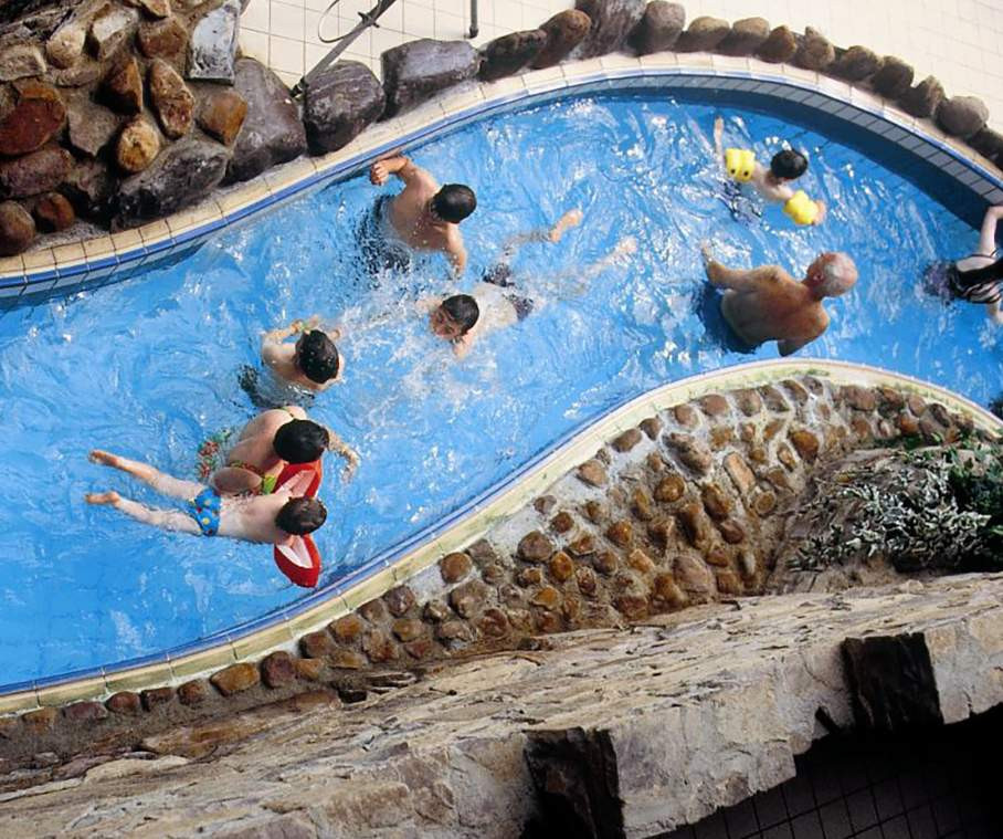 """Bildresultat för aqua dome tralee"""""""