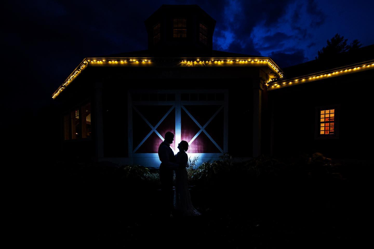 Vermont Bride and Groom Silhouette