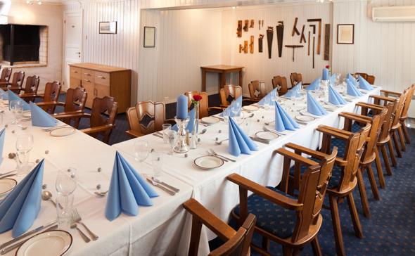Kjøbmandsgaarden - hotel 2 peisestue
