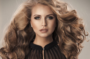 How To Keep Your Hair Extensions Looking Fabulous Year Round