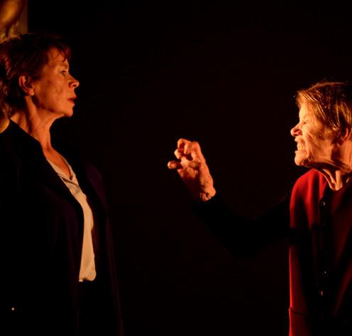 Glenda Jackson, Celia Imrie - King Lear