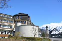 Kapelle m. Josefshaus & Kirche