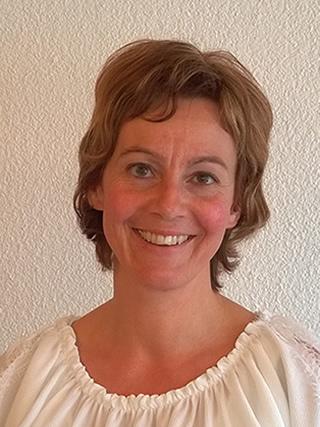 Andrea Amhof, Service/Küche