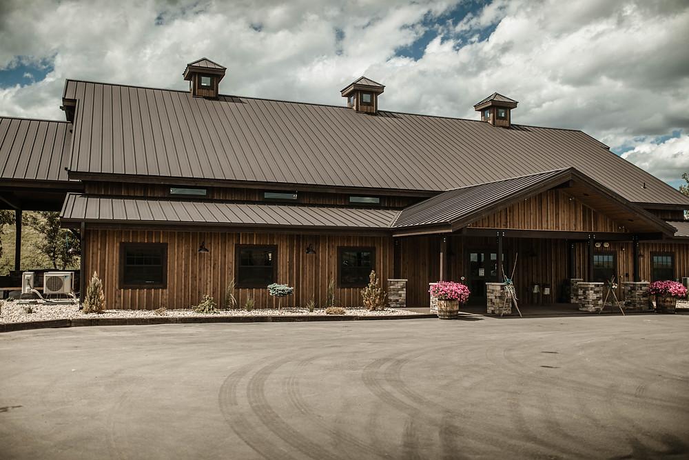 The Barn at 52 Pines. Wedding Venue. North Dakota Wedding. Wedding Photographer.