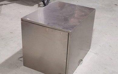 generator box for a food cart.jpg