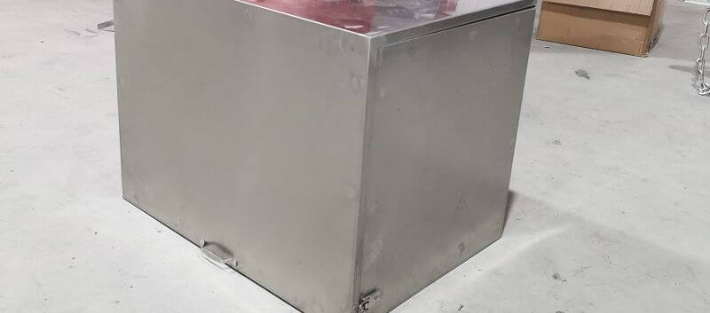 Steel Generator Box.jpg