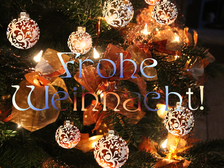 Weihnachtsgrüße / Seasons Greetings