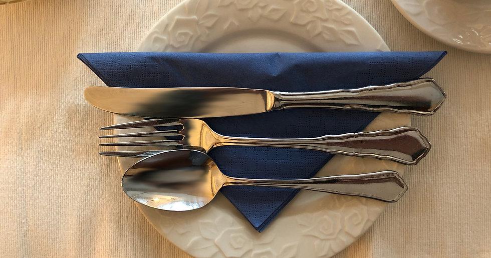 Frühstückstisch im No. 31 im Rosengarten