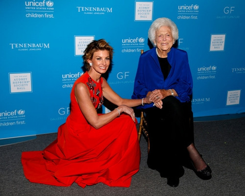 Faith Hill and Barbara Bush