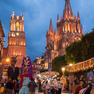 Typical evening in San Miguel #sanmigueldeallendeguanajuato #sanmigueldeallende #travelphotography