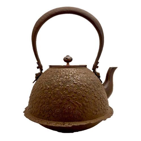 鉄瓶 南部羽根付桜 (唐銅蓋) 2.1L
