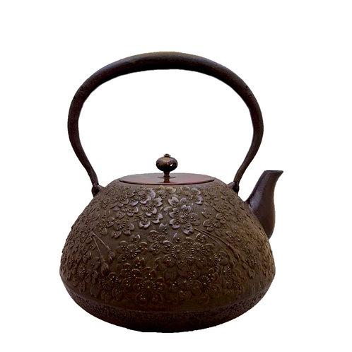 鉄瓶 宝重桜 (唐銅蓋)2.0L