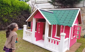 Öyküs New wooden Playhouse and Dad - Fun