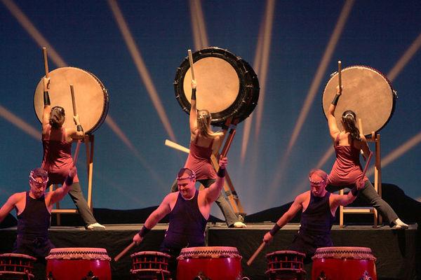 taiko-drummers.jpeg