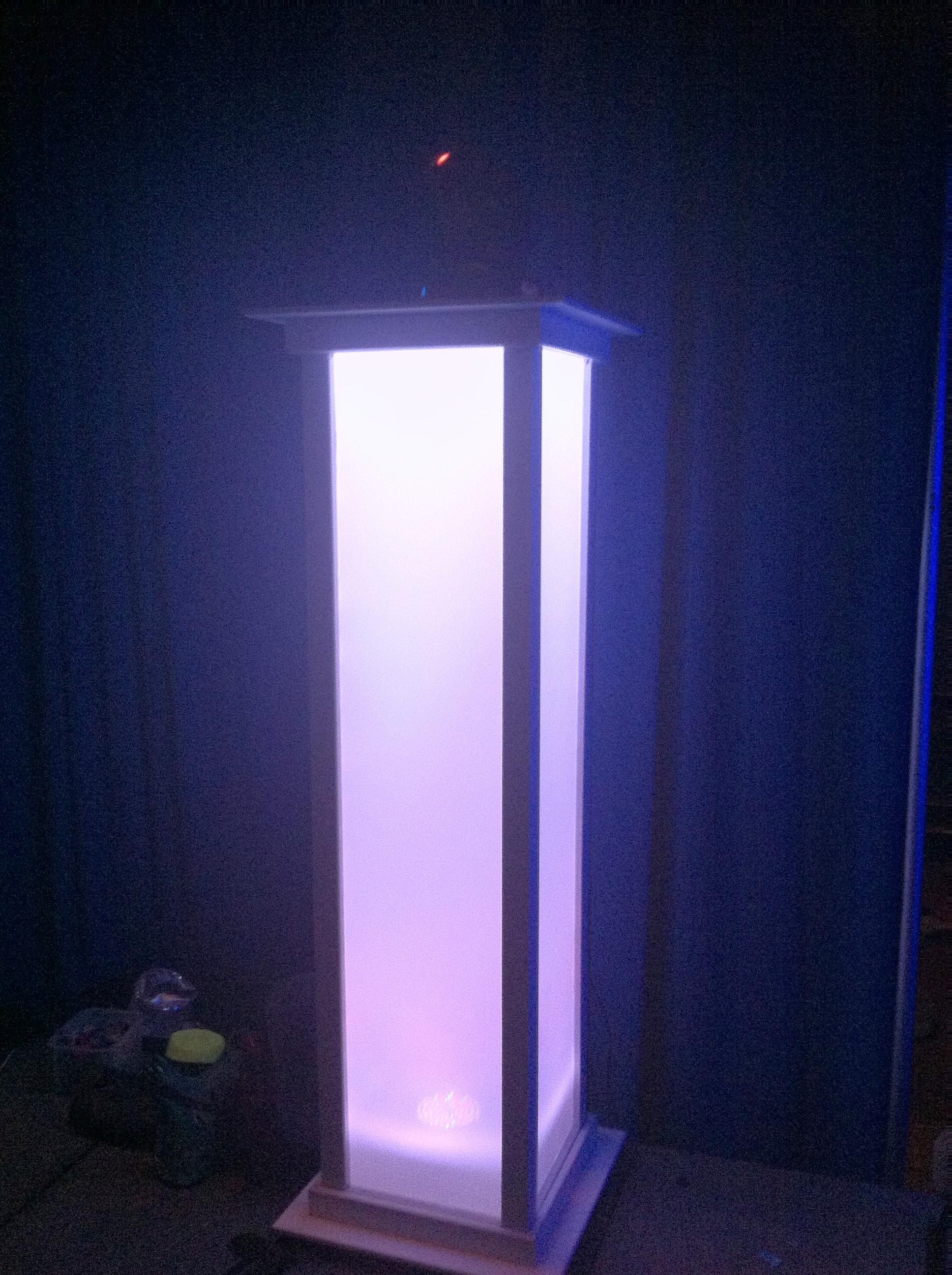 dj light stand.jpg