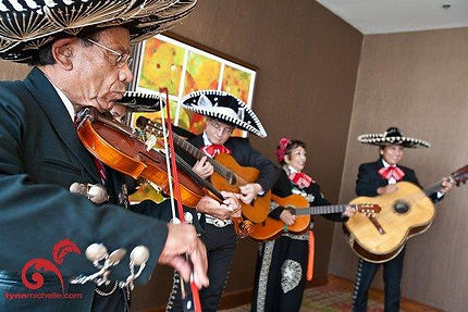 texas_mariachis_band3.JPG