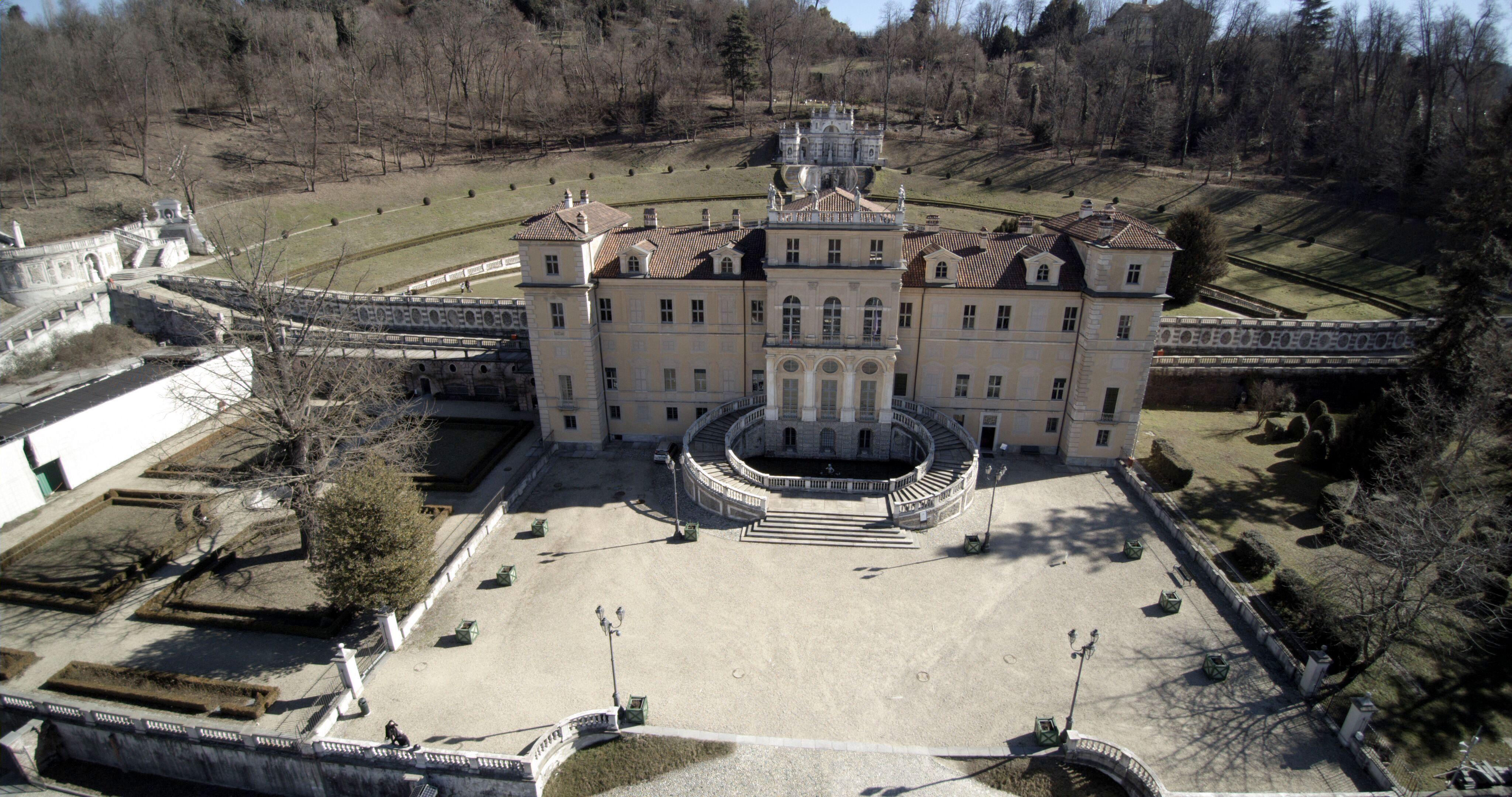 Villa Regina avanti