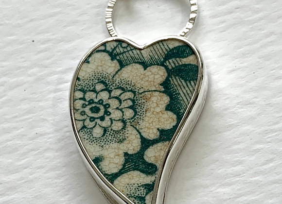 Green tile heart with Flower