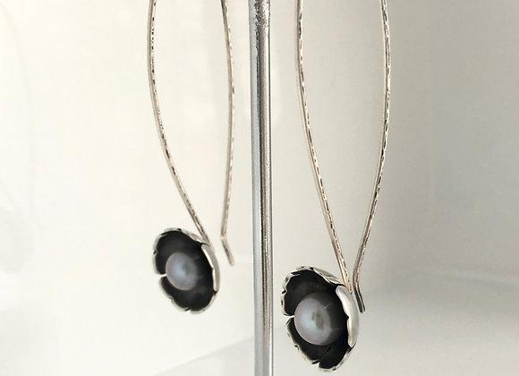 Pearl in Flower earrings - long.