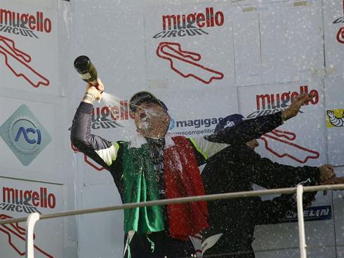 MUGELLO, GARA 2. WALTER MARGELLI DOMINA E VINCE, MA DAVIDE UBOLDI SI LAUREA CAMPIONE ITALIANO SPORT